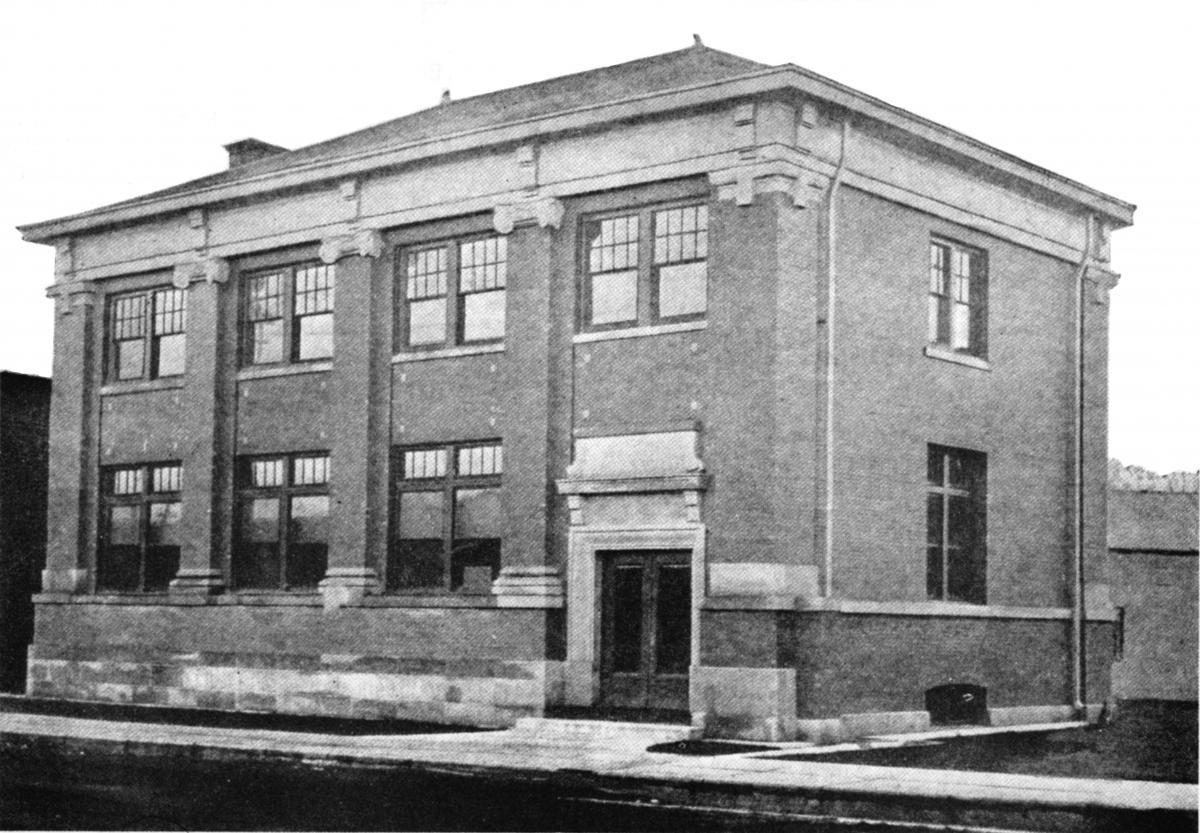 Tripp Memorial Library 1914